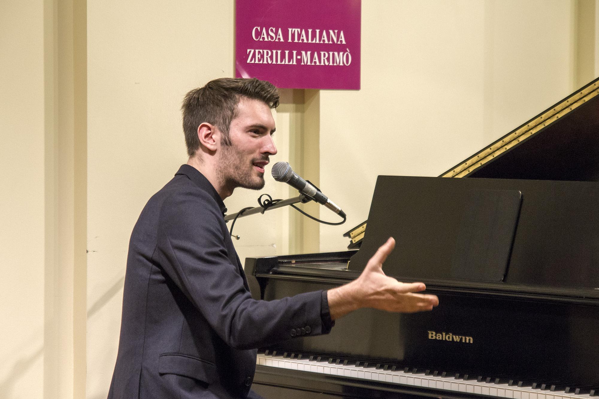 https://www.ragusanews.com//immagini_articoli/29-11-2015/1448764162-2-new-york-giovanni-caccamo-solo-piano.jpg