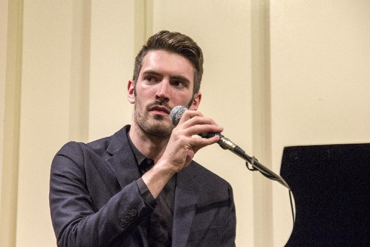 http://www.ragusanews.com//immagini_articoli/29-11-2015/new-york-giovanni-caccamo-solo-piano-500.jpg