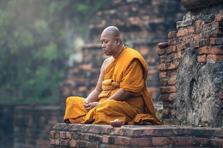 https://www.ragusanews.com//immagini_articoli/29-11-2019/buddha-a-tavola-dimagrire-con-la-dieta-dei-monaci-500.jpg