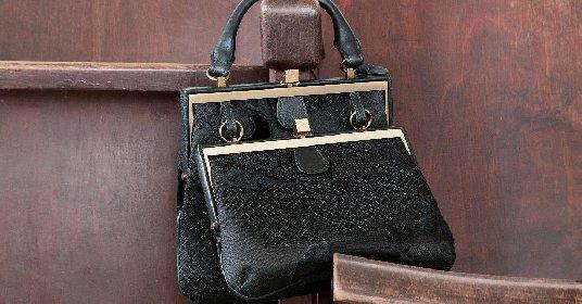https://www.ragusanews.com//immagini_articoli/29-11-2020/borse-il-bello-e-indossarle-a-mano-280.jpg