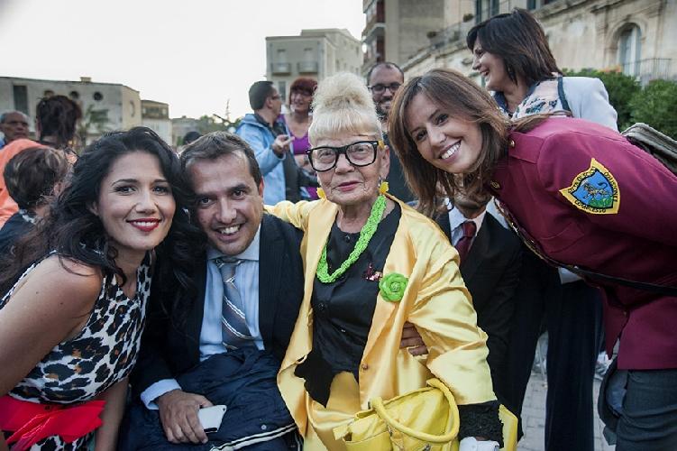 http://www.ragusanews.com//immagini_articoli/29-12-2014/luisa-nigro-candidato-sindaco-di-scicli-video-500.jpg