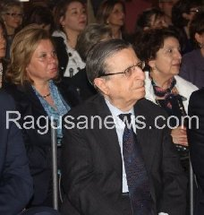 http://www.ragusanews.com//immagini_articoli/29-12-2017/credito-bpar-ragusa-sbarca-mercato-himtf-240.jpg