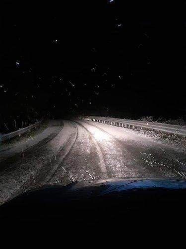 https://www.ragusanews.com//immagini_articoli/29-12-2019/l-estate-e-finita-neve-a-giarratana-e-a-chiaramonte-gulfi-500.jpg