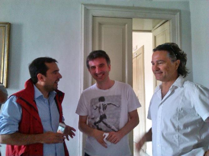 http://www.ragusanews.com//immagini_articoli/30-01-2016/ficarra-e-picone-il-prossimo-film-lo-gireremo-in-sicilia-500.jpg