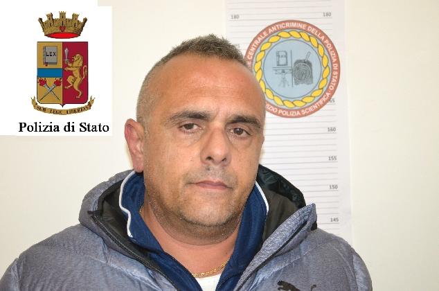 http://www.ragusanews.com//immagini_articoli/30-01-2017/modica-arrestata-coppia-spacciatori-420.jpg