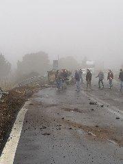 https://www.ragusanews.com//immagini_articoli/30-01-2019/1548865864-grave-incidente-ragusa-catania-mezzi-coinvolti-4-240.jpg