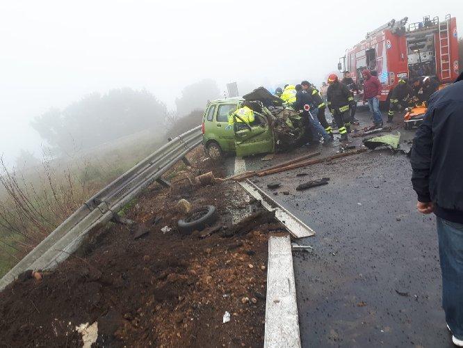 https://www.ragusanews.com//immagini_articoli/30-01-2019/1548881565-grave-incidente-ragusa-catania-mezzi-coinvolti-1-500.jpg