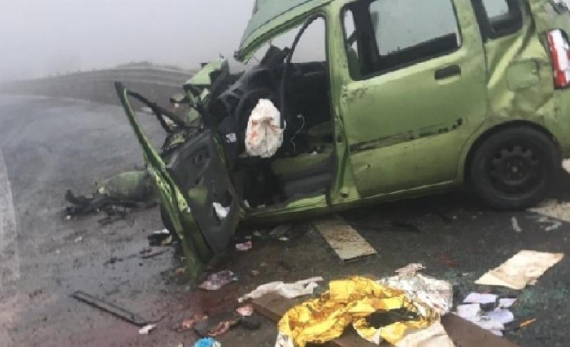 https://www.ragusanews.com//immagini_articoli/30-01-2019/grave-incidente-ragusa-catania-mezzi-coinvolti-500.png