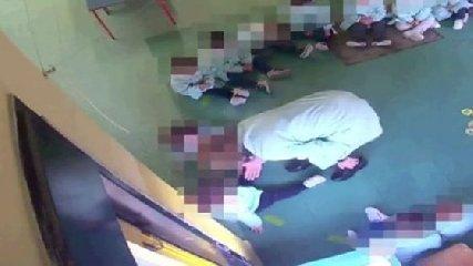 https://www.ragusanews.com//immagini_articoli/30-01-2020/le-maestre-violente-fanno-scena-muta-davanti-al-giudice-240.jpg