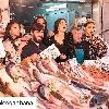 http://www.ragusanews.com//immagini_articoli/30-03-2017/pesci-carciofi-dolce-gabbana-girano-mercato-100.jpg