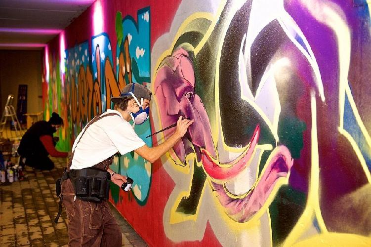 http://www.ragusanews.com//immagini_articoli/30-03-2017/smart-bando-giovani-artisti-500.jpg