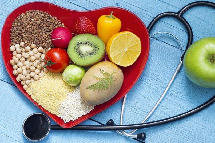 https://www.ragusanews.com//immagini_articoli/30-03-2019/il-colesterolo-cattivo-si-combatte-con-la-dieta-buona-500.jpg