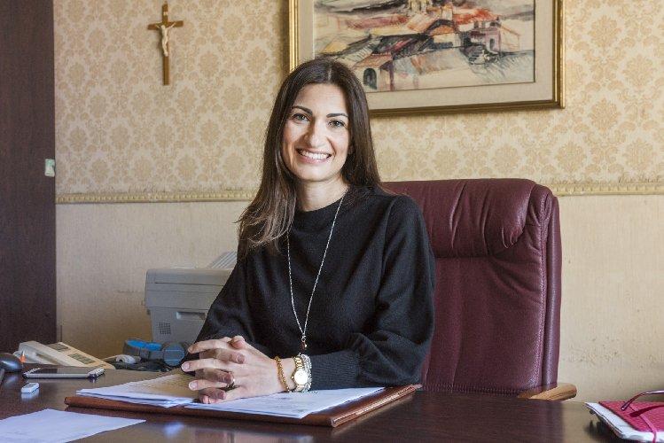 https://www.ragusanews.com//immagini_articoli/30-03-2021/nadia-gruttadauria-segretaria-comunale-a-scicli-500.jpg