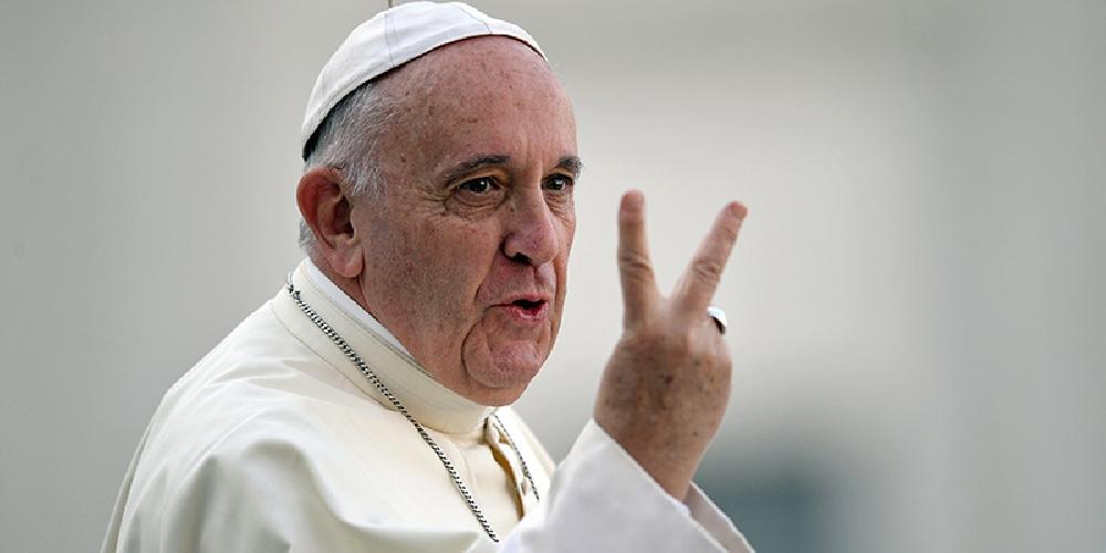 https://www.ragusanews.com//immagini_articoli/30-04-2017/papa-francesco-sicilia-luglio-500.jpg