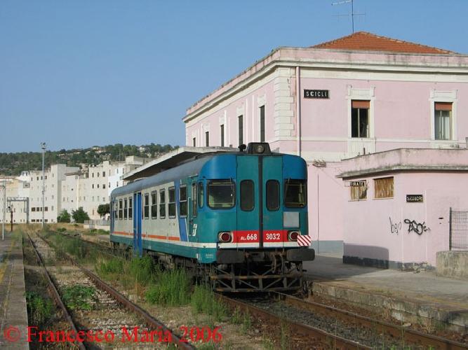 https://www.ragusanews.com//immagini_articoli/30-05-2016/il-mio-viaggio-in-treno-da-roma-a-scicli-in-estate-500.jpg