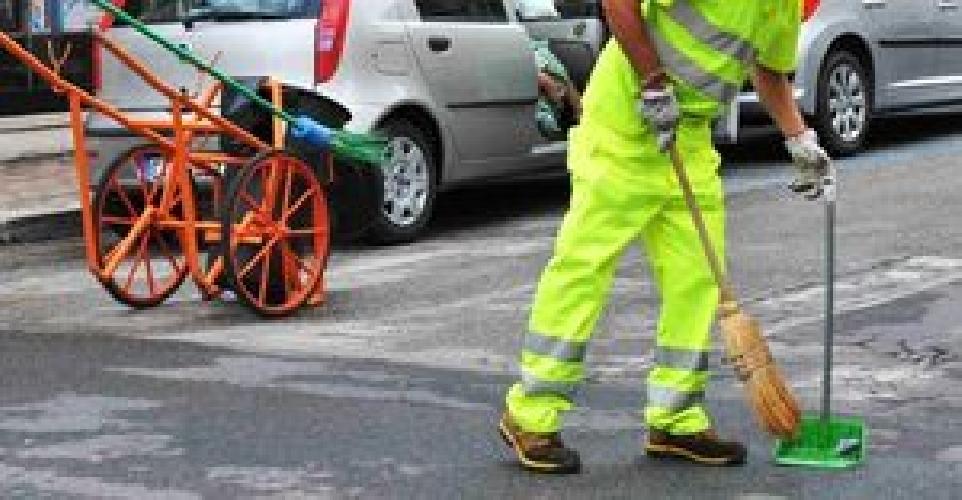http://www.ragusanews.com//immagini_articoli/30-06-2014/vittoria-preoccupata-per-lo-sciopero-dei-netturbini-500.jpg