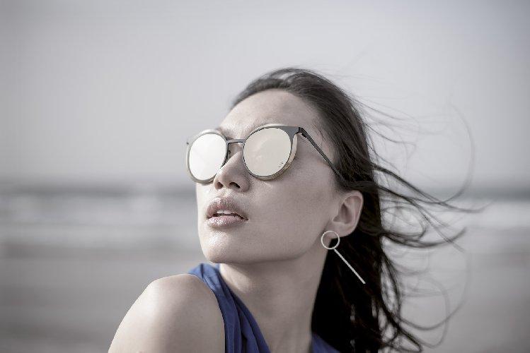 https://www.ragusanews.com//immagini_articoli/30-06-2018/occhiali-blackfin-concede-momento-riflessione-vittoria-500.jpg