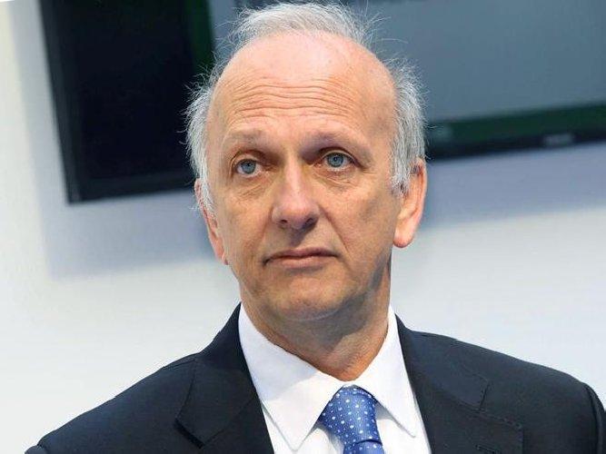 https://www.ragusanews.com//immagini_articoli/30-06-2019/catania-il-ministro-pronti-ad-annullare-i-concorsi-truccati-500.jpg