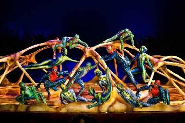 https://www.ragusanews.com//immagini_articoli/30-06-2020/il-covid-fa-un-altra-vittima-il-cirque-du-soleil-240.jpg