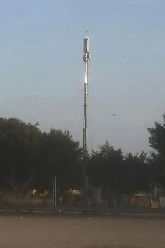 http://www.ragusanews.com//immagini_articoli/30-07-2014/antenna-di-telefonia-mobile-vicino-a-bambinopoli-500.jpg
