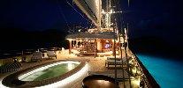 https://www.ragusanews.com//immagini_articoli/30-07-2018/approda-selinunge-mega-yacht-magnate-barry-diller-100.jpg