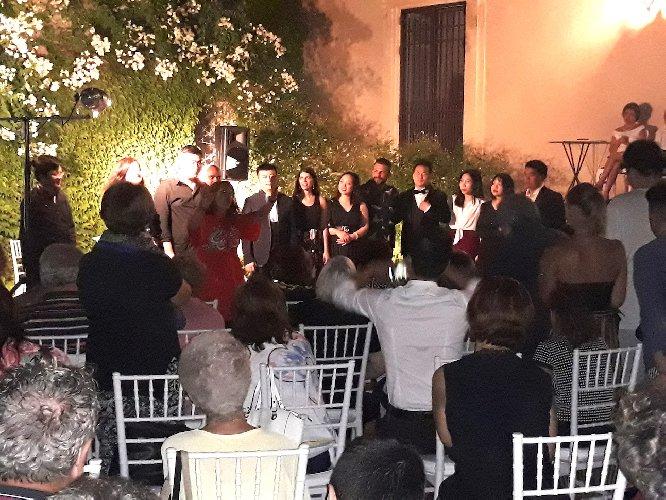 https://www.ragusanews.com//immagini_articoli/30-07-2019/1564473755-concerto-allievi-summer-camp-international-a-villa-barone-alfieri-1-500.jpg