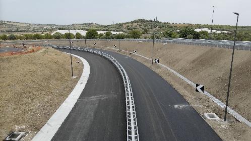 https://www.ragusanews.com//immagini_articoli/30-07-2021/il-3-agosto-2021-nasce-il-primo-metro-di-autostrada-in-provincia-di-ragusa-280.jpg