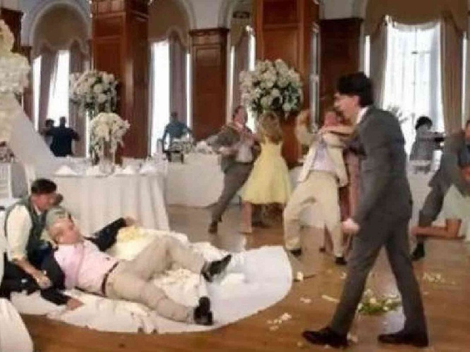https://www.ragusanews.com//immagini_articoli/30-07-2021/lo-tradisce-col-miglior-amico-e-testimone-di-nozze-a-24-ore-dal-matrimonio-500.jpg