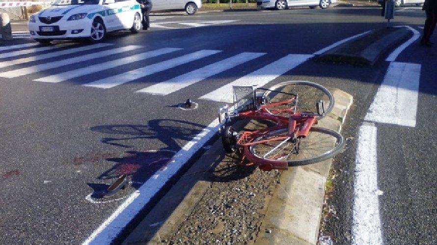 https://www.ragusanews.com//immagini_articoli/30-08-2018/modica-investe-ciclista-scappa-denunciato-omissione-soccorso-500.jpg