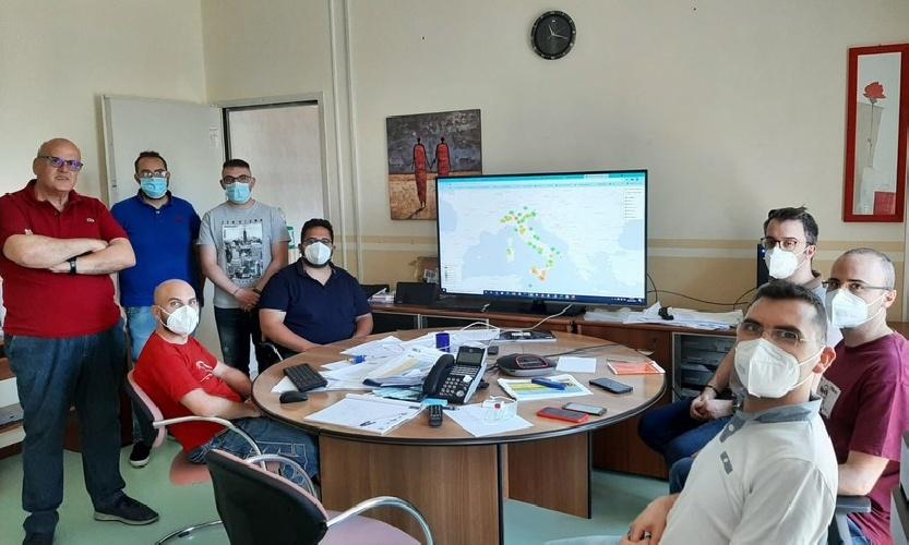 https://www.ragusanews.com//immagini_articoli/30-08-2021/il-team-ragusano-che-gestisce-vaccini-e-green-pass-in-sicilia-500.jpg