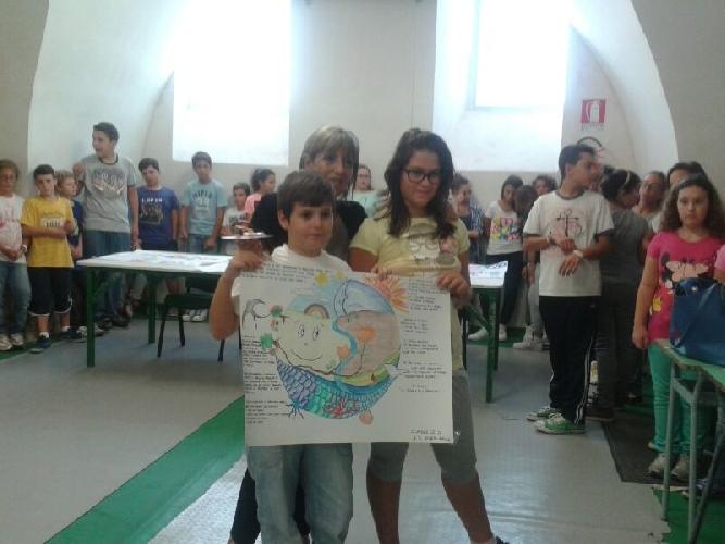 https://www.ragusanews.com//immagini_articoli/30-09-2013/i-bambini-di-vittoria-puliscono-il-mondo-500.jpg