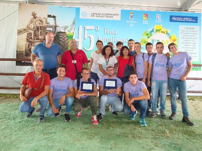 https://www.ragusanews.com//immagini_articoli/30-09-2019/1569830342-le-scuole-agrarie-fiera-agricola-di-ragusa-4-500.jpg
