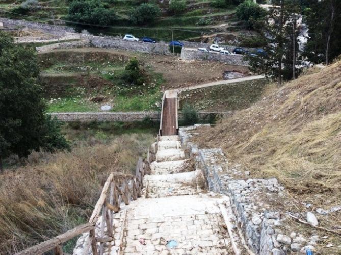 https://www.ragusanews.com//immagini_articoli/30-10-2014/riattivato-il-ponte-che-immette-allarea-a-verde-san-giuseppe-timpuni-500.jpg