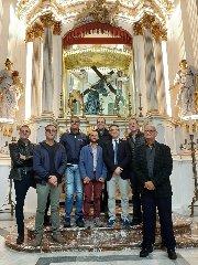 https://www.ragusanews.com//immagini_articoli/30-10-2019/eletti-i-membri-rettoria-dellarciconfraternita-ss-annunziata-240.jpg
