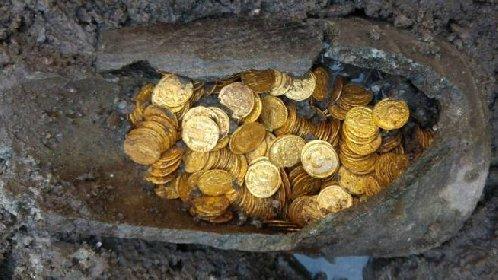 https://www.ragusanews.com//immagini_articoli/30-10-2020/antiche-monete-d-oro-no-truffa-280.jpg