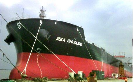 https://www.ragusanews.com//immagini_articoli/30-10-2020/un-pozzallese-nella-nave-italiana-bloccata-da-4-mesi-in-cina-280.jpg