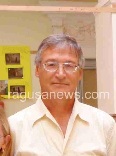 https://www.ragusanews.com//immagini_articoli/30-11-2011/pozzallo-finanziamenti-pon-il-comune-chiede-i-danni-al-preside-caschetto-500.jpg