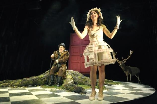 http://www.ragusanews.com//immagini_articoli/30-11-2016/de-filippo-moliere-e-mancuso-la-stagione-del-teatro-italia-2017-420.jpg