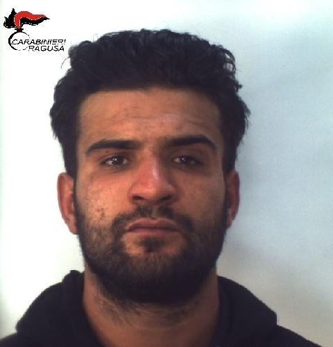 https://www.ragusanews.com//immagini_articoli/30-11-2017/spaccio-santa-croce-arrestato-libico-500.jpg