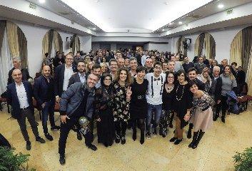 https://www.ragusanews.com//immagini_articoli/30-11-2018/cresce-despar-sicilia-240.jpg