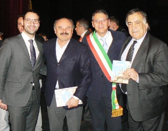 https://www.ragusanews.com//immagini_articoli/31-01-2017/nonsolomaialino-palazzolo-best-sicily-420.jpg