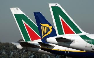 http://www.ragusanews.com//immagini_articoli/31-01-2017/ryanair-compra-alitalia-200.jpg