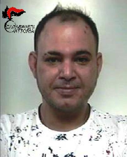 https://www.ragusanews.com//immagini_articoli/31-01-2018/vittoria-spaccia-cocaina-mentre-domiciliari-arrestato-tunisino-500.png