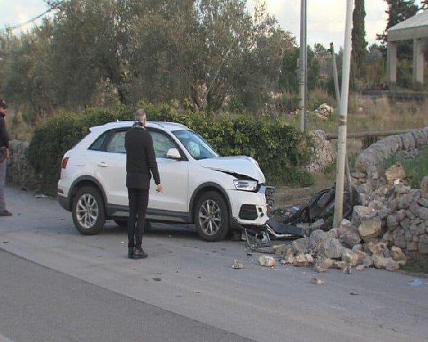 https://www.ragusanews.com//immagini_articoli/31-01-2019/1548963758-incidente-rocciola-modica-muore-ragazza-1-500.jpg