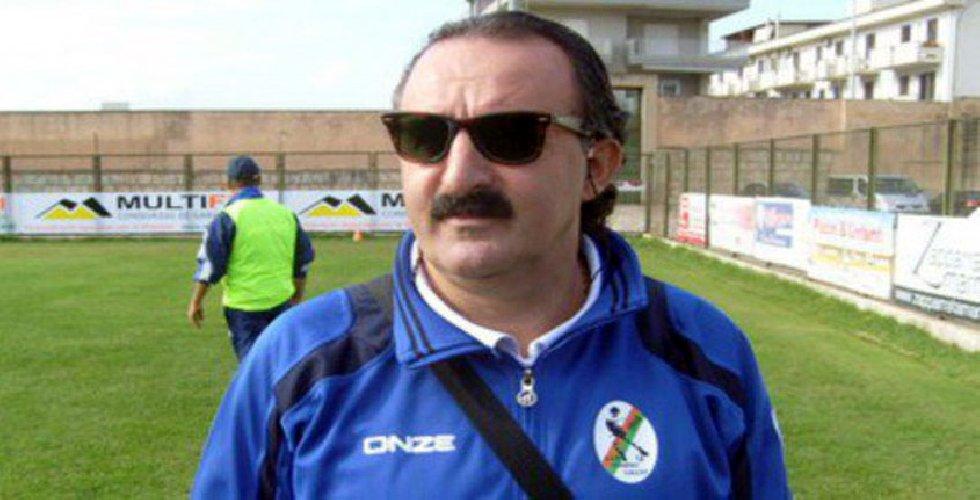 https://www.ragusanews.com//immagini_articoli/31-01-2019/intitola-stadio-comunale-comiso-peppe-borgese-500.jpg