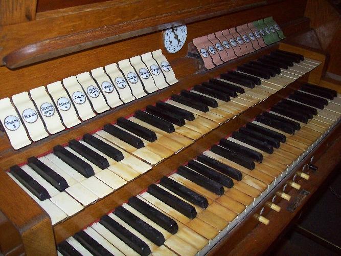 http://www.ragusanews.com//immagini_articoli/31-03-2016/un-organo-da-chiesa-da-restaurare-500.jpg