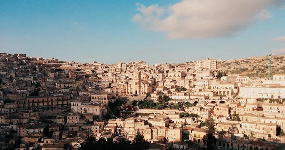 http://www.ragusanews.com//immagini_articoli/31-03-2017/berlin-programma-regione-sicilia-turismo-sostenibile-500.jpg