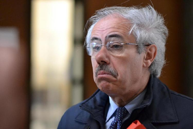 Raffaele Lombardo condannato a 2 anni, ma cade accusa per mafia