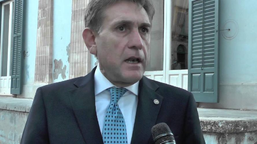 http://www.ragusanews.com//immagini_articoli/31-03-2017/giovanni-mauro-eletto-segretario-consiglio-presidenza-senato-500.jpg