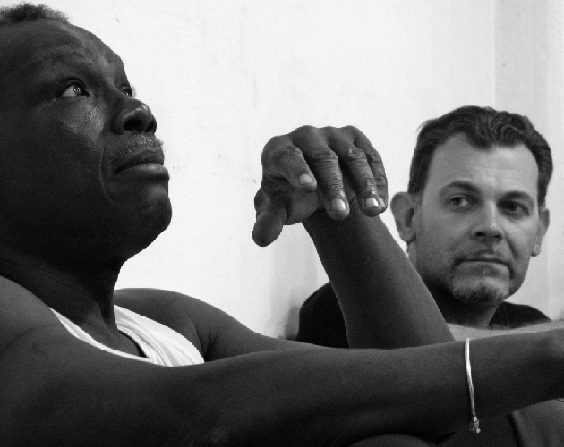https://www.ragusanews.com//immagini_articoli/31-03-2017/mamadou-dioume-international-theatre-centre-500.jpg
